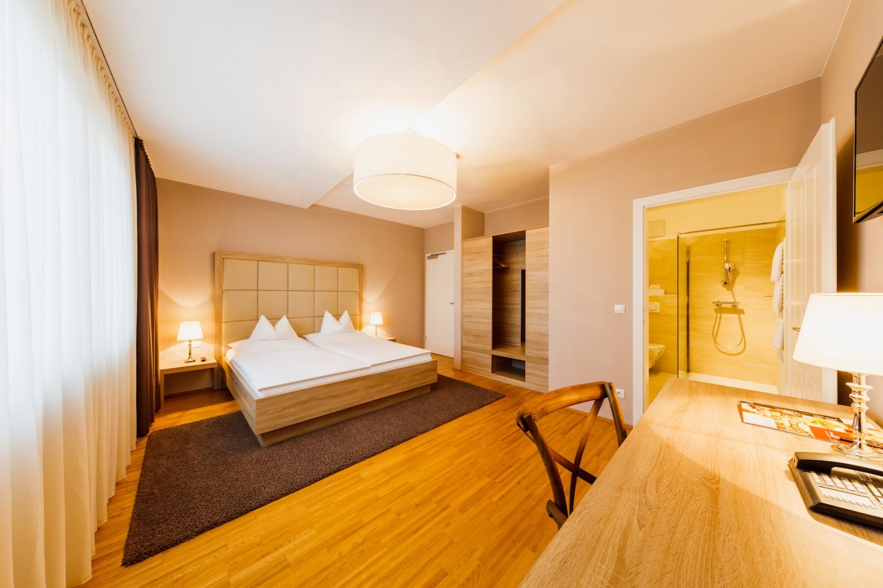 doppelzimmer_hotel_pfeiler.jpg