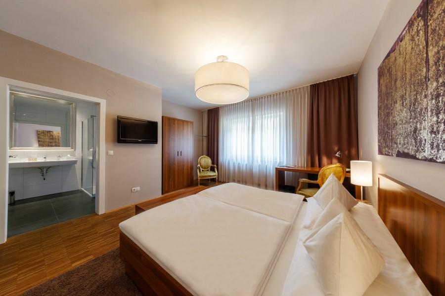 zimmer_pfeiler_hotel