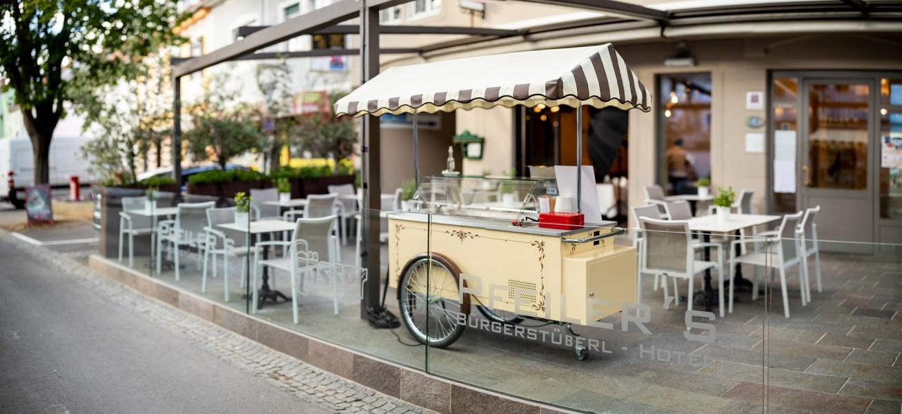 finks_eiswagen_terrasse_feldbach